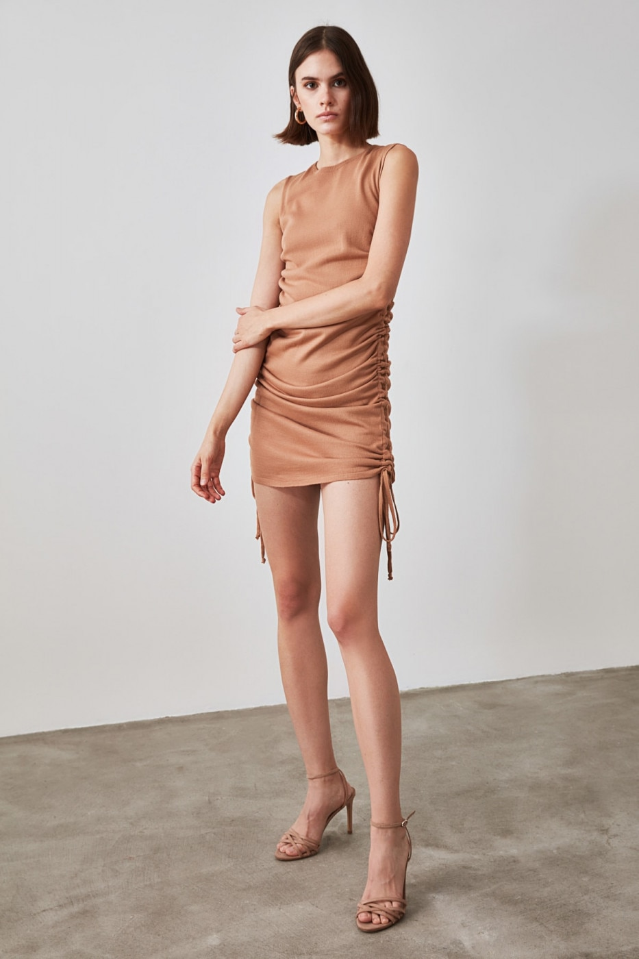 Trendyol Camel Knitwear Dress With A Snuze dámské S
