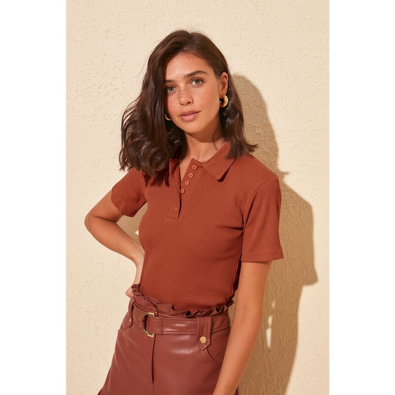 Trendyol Cinnamon Button Detailed Wicked Knitted Blouse dámské S