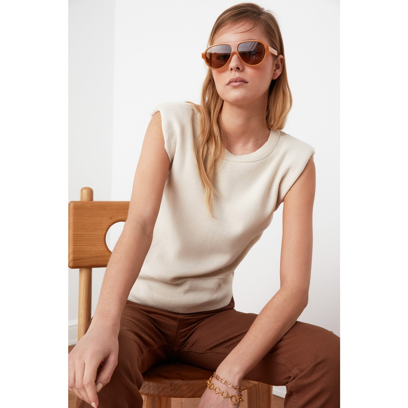 Trendyol Knitwear Blouse WITH Stone Stingray dámské S