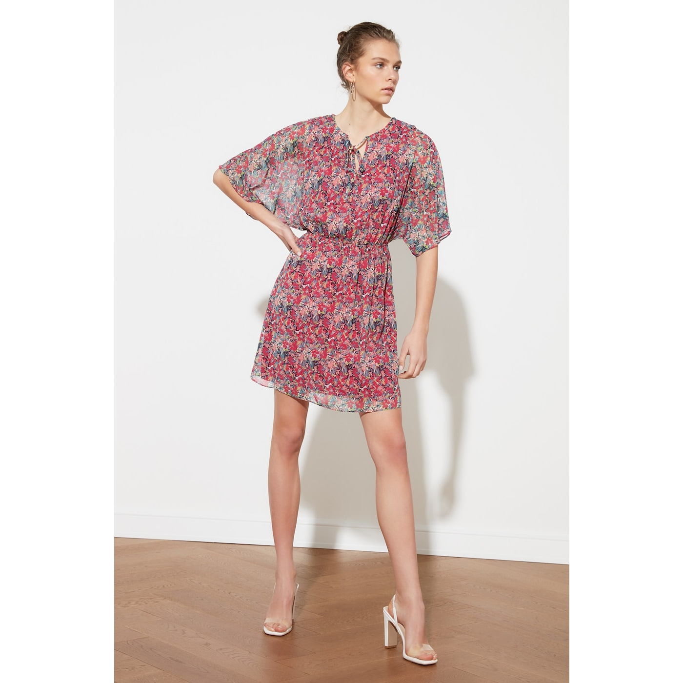 Trendyol Pink Waist Ruffle Dress dámské 34