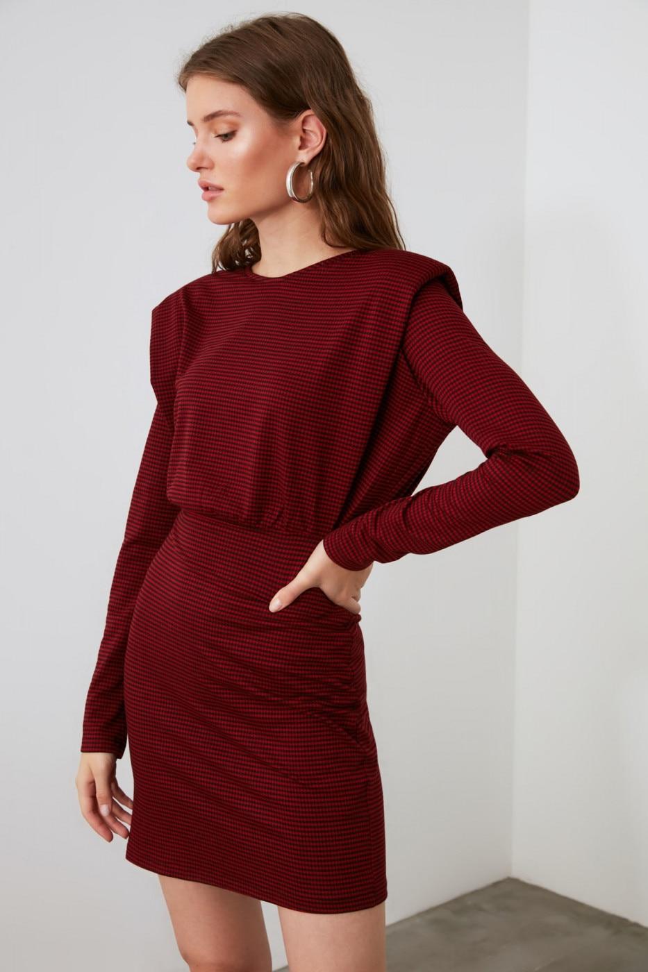 Trendyol Red Wattle Knitted Dress dámské XS