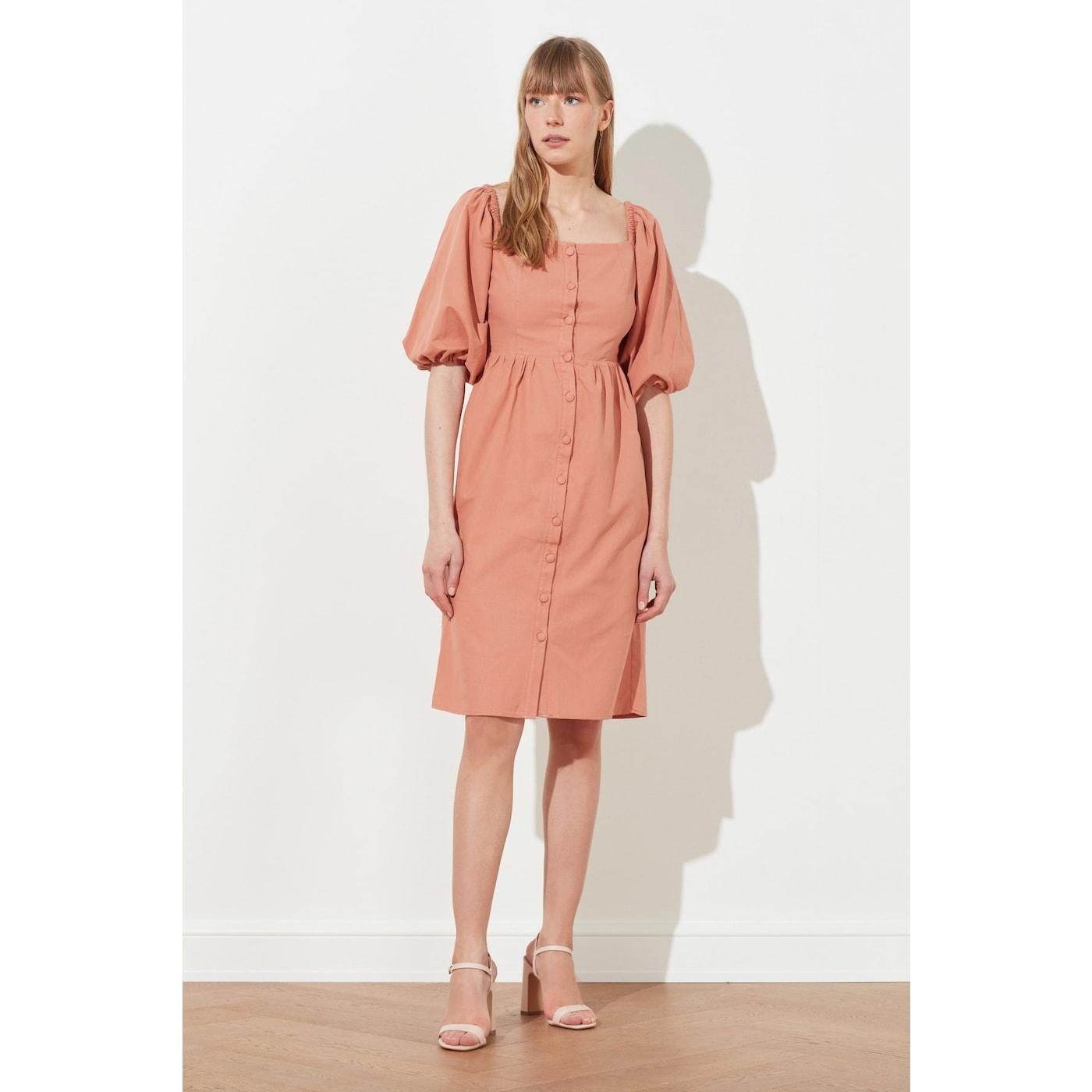 Trendyol Rose Dry Square Collar Buttoned Dress dámské 40