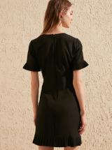 Čierne šaty Trendyol - L dámské čierna L
