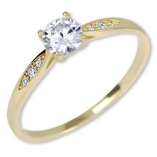 Brilio Zlatý zásnubný prsteň s kryštálmi 229 001 00809 52 mm
