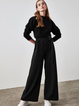 Čierne dámske pruhované široké nohavice s opaskom Trendyol dámské čierna XS