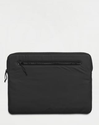 Rains Laptop Cover 15 01 Black Čierna