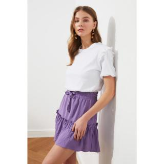 Trendyol Basic Knitted T-Shirt WITH White Brode Detail dámské XS