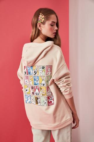 Trendyol Beige Bugs Bunny Licensed Front and Back Printed Oversize Knitted Sweatshirt dámské S