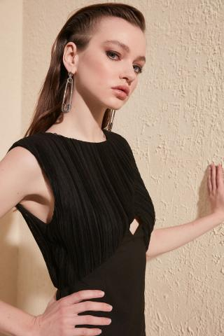 Trendyol Black Collar Detailed Dress dámské 38