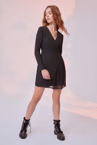Trendyol Black Pilise Detailed Dress dámské 34