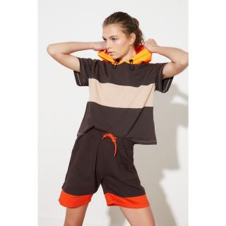 Trendyol Brown Sports Shorts dámské M