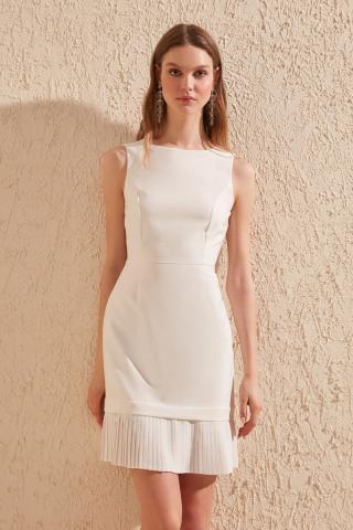 Trendyol Ecru pleise Detailed Dress dámské 34