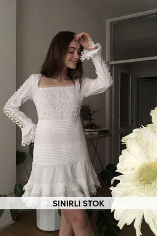 Trendyol Ekru Nervür Detailed Dress dámské Ecru 34