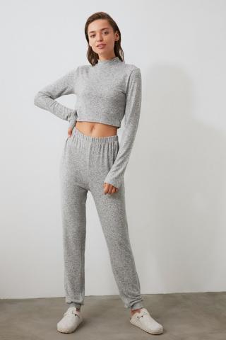 Trendyol Grey Back Fastened Soft Pyjama Set dámské L
