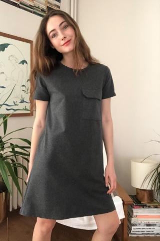 Trendyol Knitted dress with gray pockets dámské Anthracite XS
