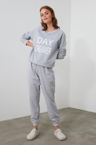 Trendyol Knitted Pajama Set with Grey Slogan dámské XS