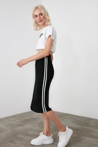 Trendyol Knitwear Skirt with Black Side Stripe dámské S