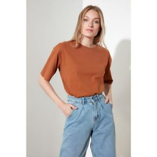 Trendyol Loose Knitted T-Shirt WITH Cinnamon Embroidery dámské S
