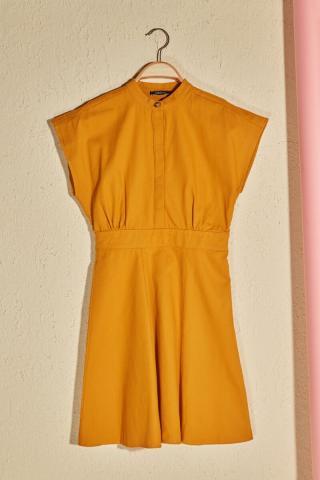 Trendyol Mustard Ruffle Detailed Button Edifit Dress dámské 36