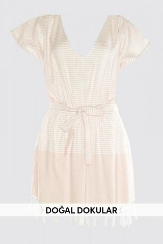 Trendyol Natural Textured Dress with Pink Tassels dámské 40