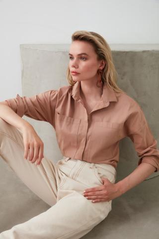 Trendyol Rose Dry Pocket Detailed Shirt dámské Camel 38