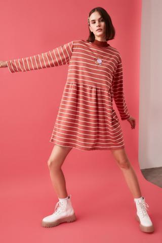 Trendyol Rose Dry Striped Knitted Sweat Dress dámské XS