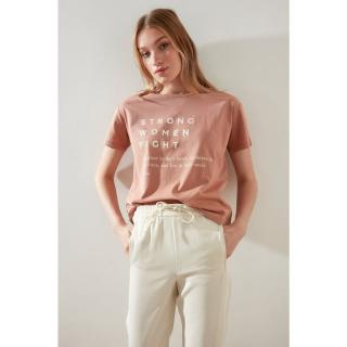Trendyol Salmon Printed Semifitted Knitted T-Shirt dámské S