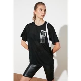 Trendyol T-Shirt WITH Black Pocket Detail dámské S