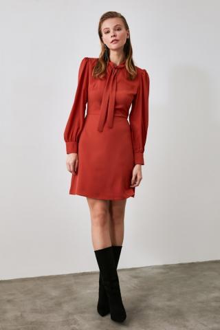 Trendyol Tdare Neck Line Detailed Dress dámské TİLE 34