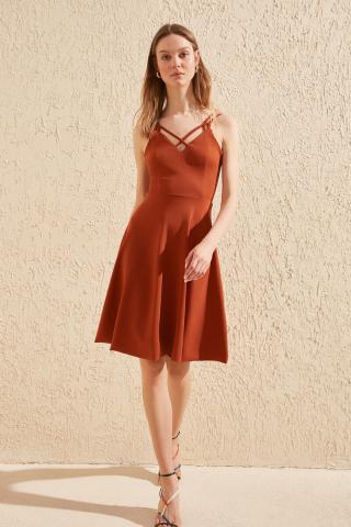 Trendyol Tdareneck Detailed Hanger Knitted Dress dámské TİLE XS