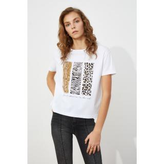 Trendyol White Semi-Fitted Print knitted T-Shirt dámské S
